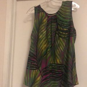 Sleeveless top- magenta and greenish color